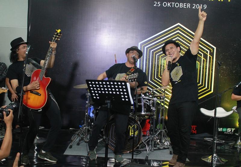 Budi Karya x PADI Reborn © 2019 brilio.net