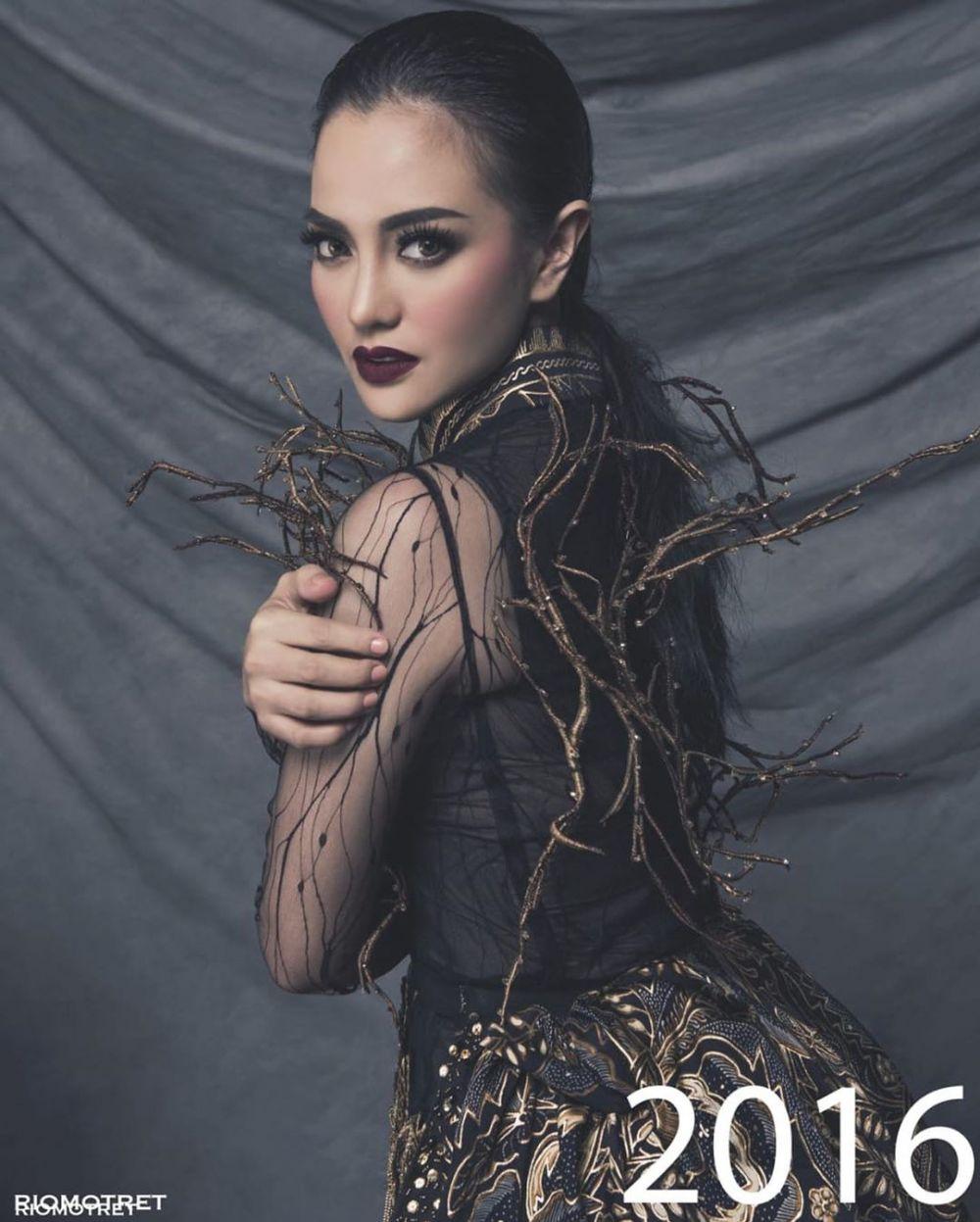 Ririn Ekawati jadi model Rio Motret Instagram