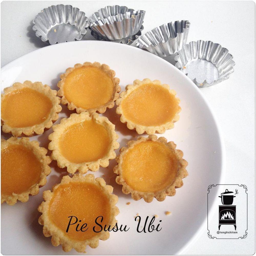 7 Cara membuat pie susu enak dan mudah  Instagram/@dapur.uri