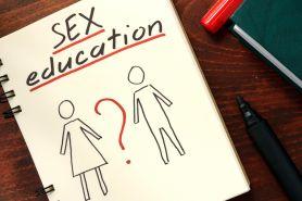 5 Pertanyaan soal seks ini bikin penasaran tapi malu diungkapkan