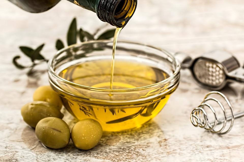 13 Manfaat minyak zaitun untuk pria dan cara menggunakannya