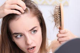 8 Penyebab rambut rontok berlebihan dan cara mengatasinya