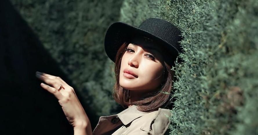 Temani calon mertua kondangan, Jessica Iskandar tuai pujian