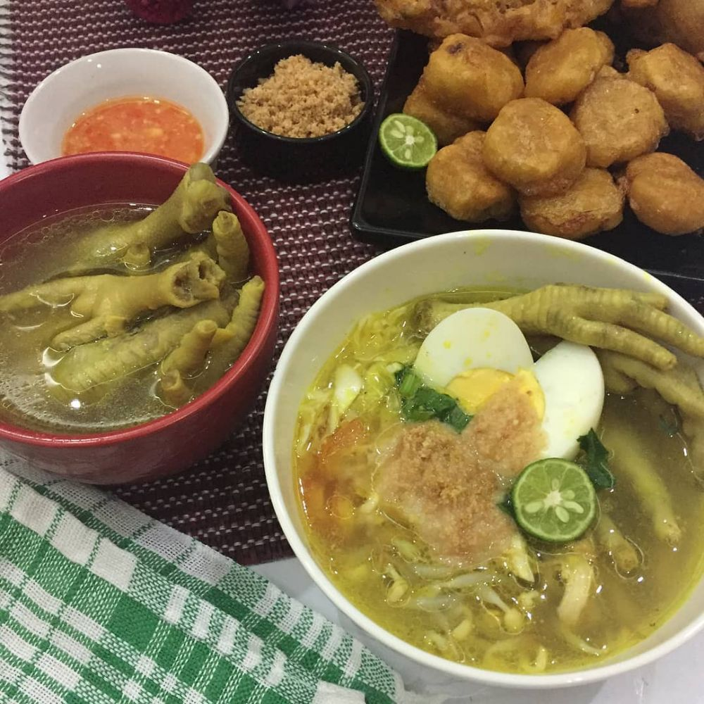 7 Resep soto ayam kuning enak foto: Instagram/@gerai_s3hat cookpad.com