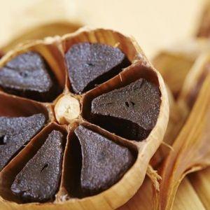 11 Manfaat bawang putih hitam untuk kesehatan dan kecantikan