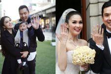 Unggah foto nikah, momen mesra Sandra Dewi & suami jadi sorotan