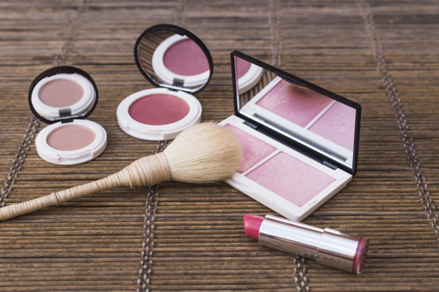 cara makeup natural istimewa