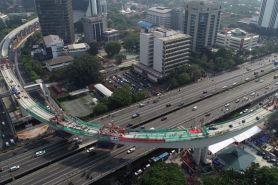Foto jembatan melengkung LRT jadi sorotan, ini sosok perancangnya