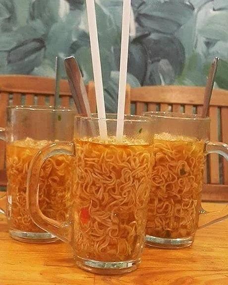 cara penyajian makanan absurd abis © 2019 instagram.com
