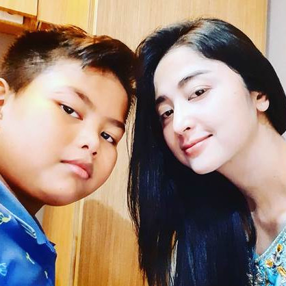 Rayakan ultah ke-12, permintaan anak Dewi Perssik jadi sorotan