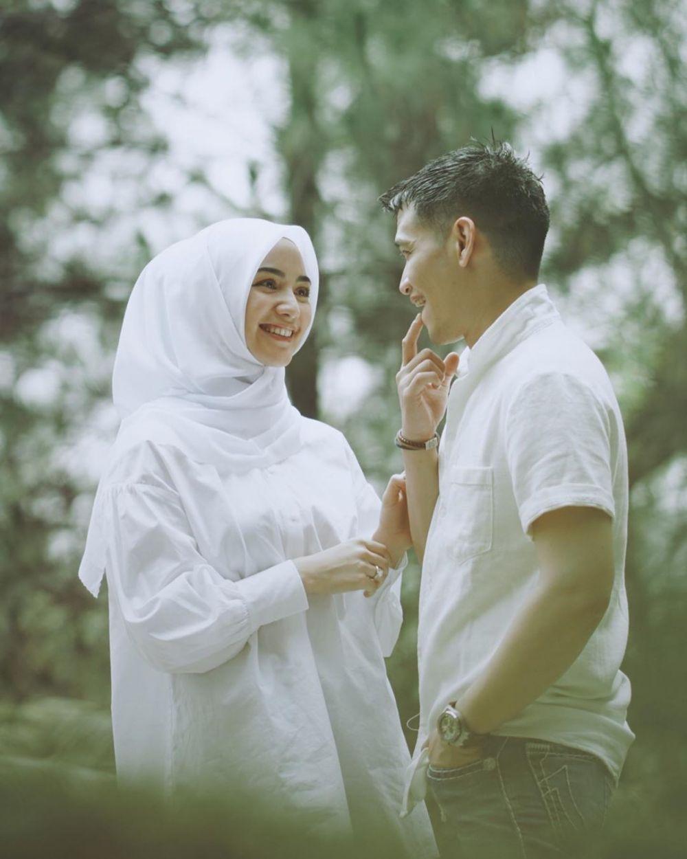gaya prewedding citra kirana rezky aditya berbagai tema © 2019 instagram.com