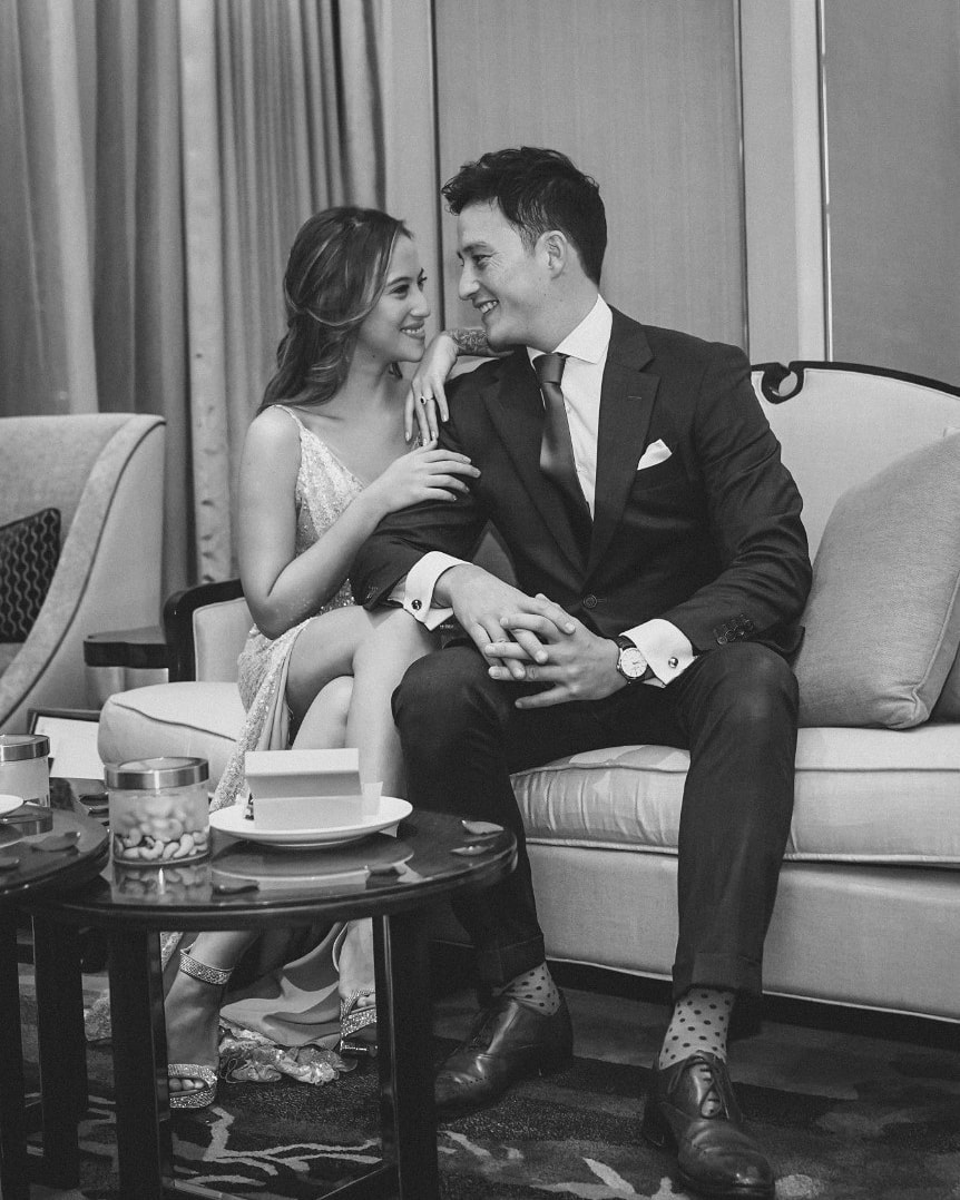 pertunangan mike lewis © 2019 brilio.net