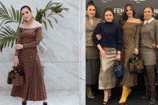 5 Momen Nindy Ayunda bajunya kembaran sama seleb lain
