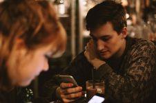 Kenali ini 9 ciri orang berbohong lewat SMS, jangan tertipu lagi