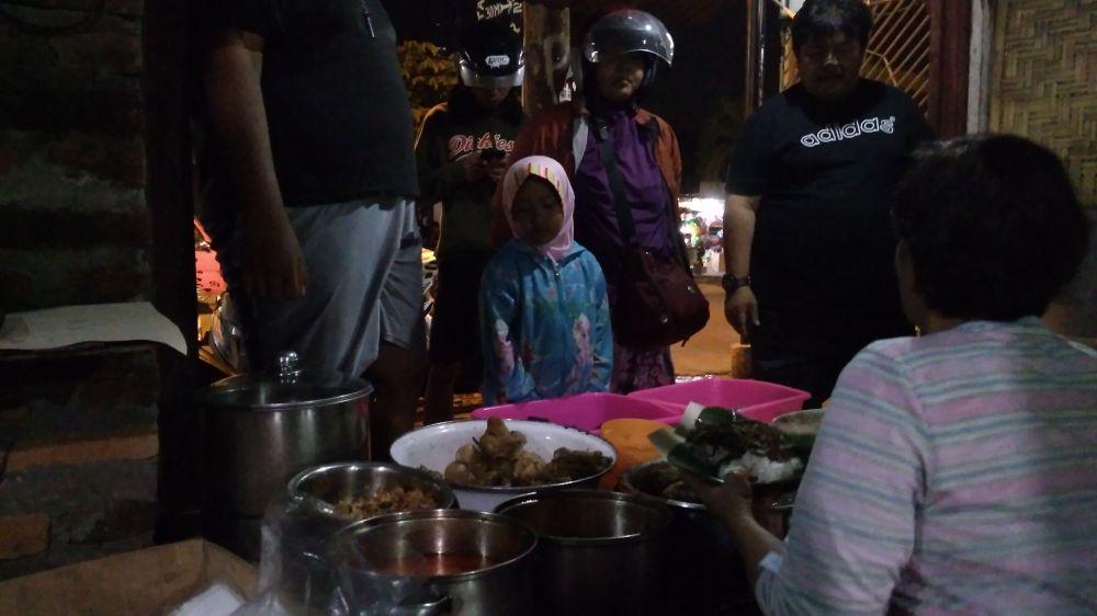 Mencicipi sego welut Mbak Surani, kuliner legendaris khas Godean Brilio.net/Dwiyana Pangesthi