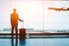 7 Tata cara naik pesawat bagi pemula, nyaman dan aman
