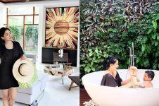 8 Penampakan villa Titi Kamal di Bali, suasananya cozy abis