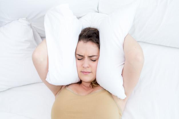 13 Cara mengatasi insomnia saat hamil, mudah & ampuh