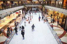 Tak perlu ke luar negeri, salju bisa dinikmati di Jakarta