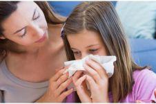 6 Penyebab mimisan saat tidur pada anak & cara mengatasinya