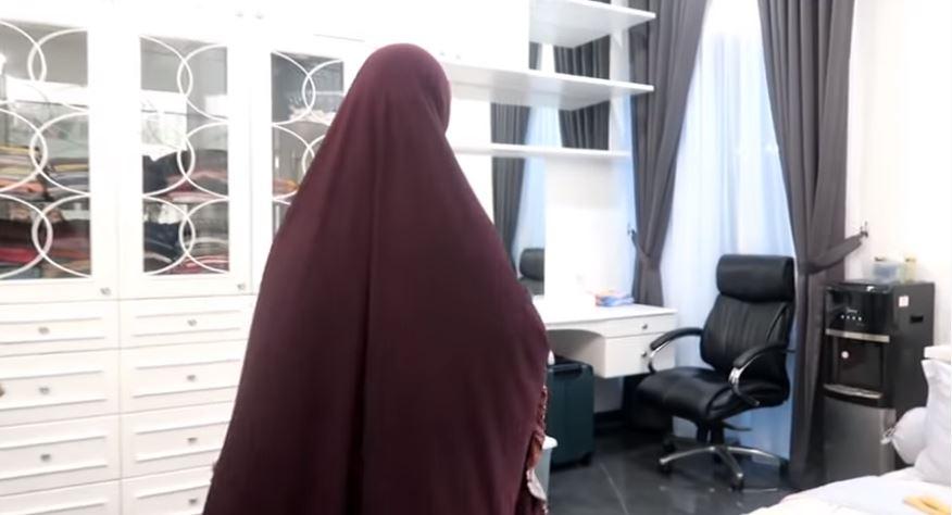 Potret rumah Oki Setiana Dewi youtube