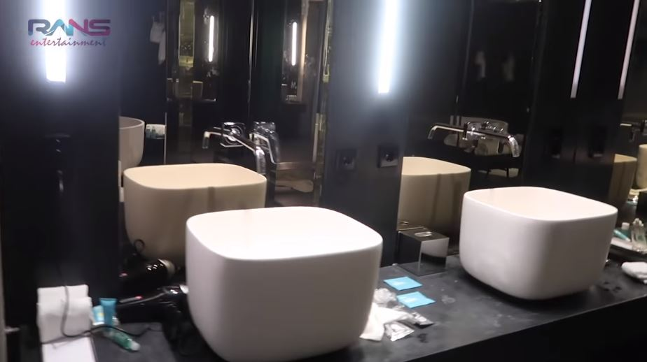 Potret hotel mewah Raffi & Nagita YouTube