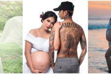 Potret maternity 10 seleb ekspos perut besar, seksi menawan