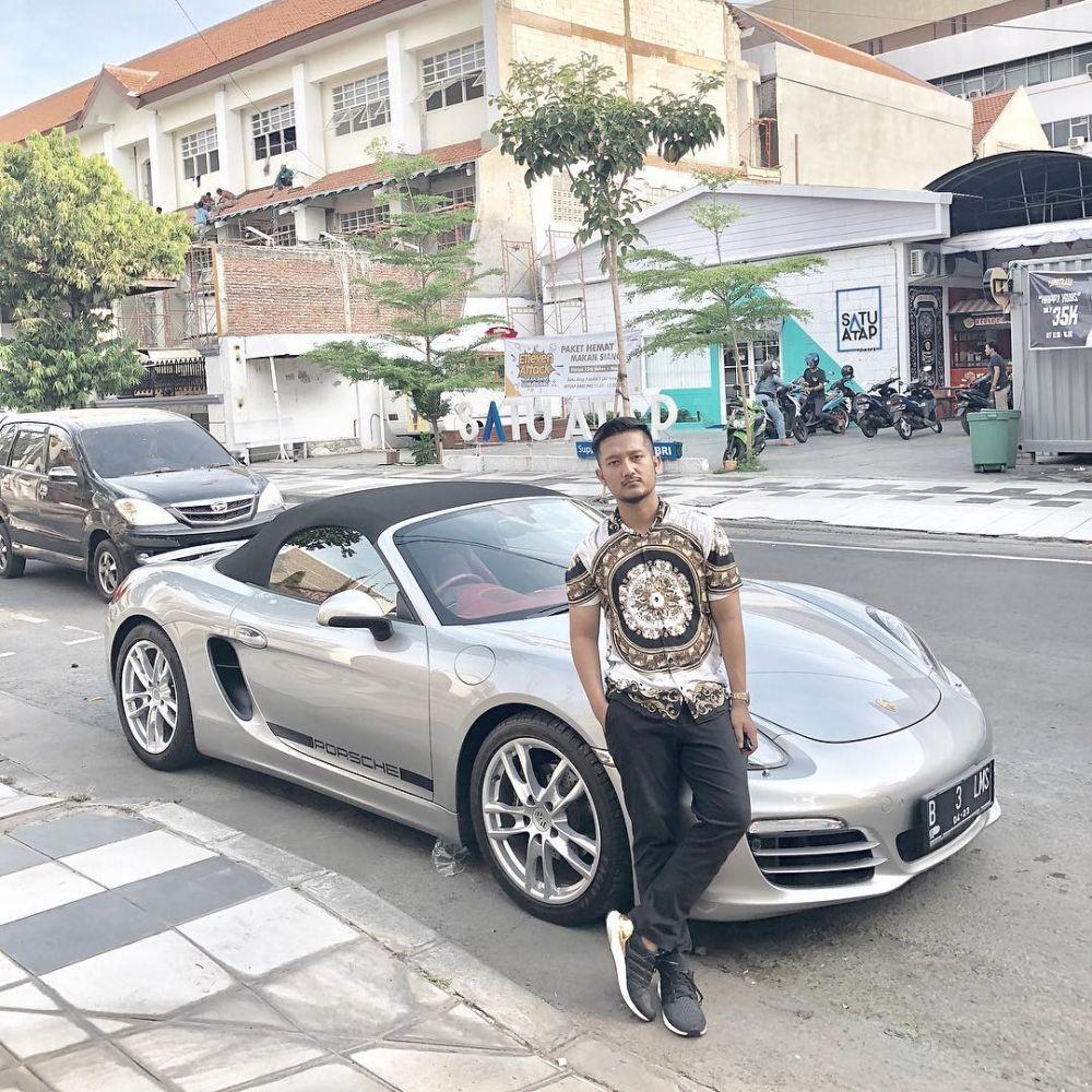 Tom Liwafa beli mobil Atta Halilintar © 2019 instagram.com