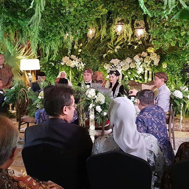 pernikahan adri elsa © 2019 brilio.net