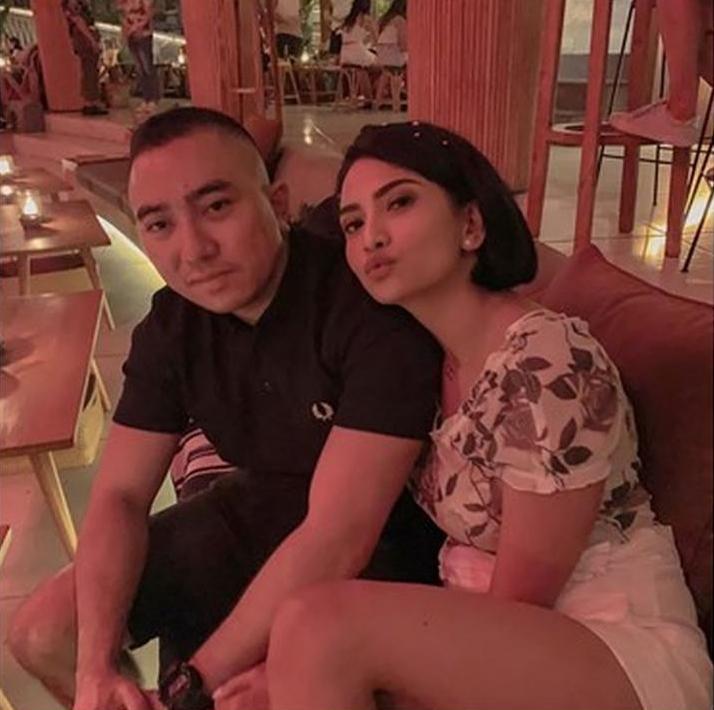 Vanessa Angel menikah, manajer sebut suaminya bukan Ichsan Munthe © 2019 instagram.com
