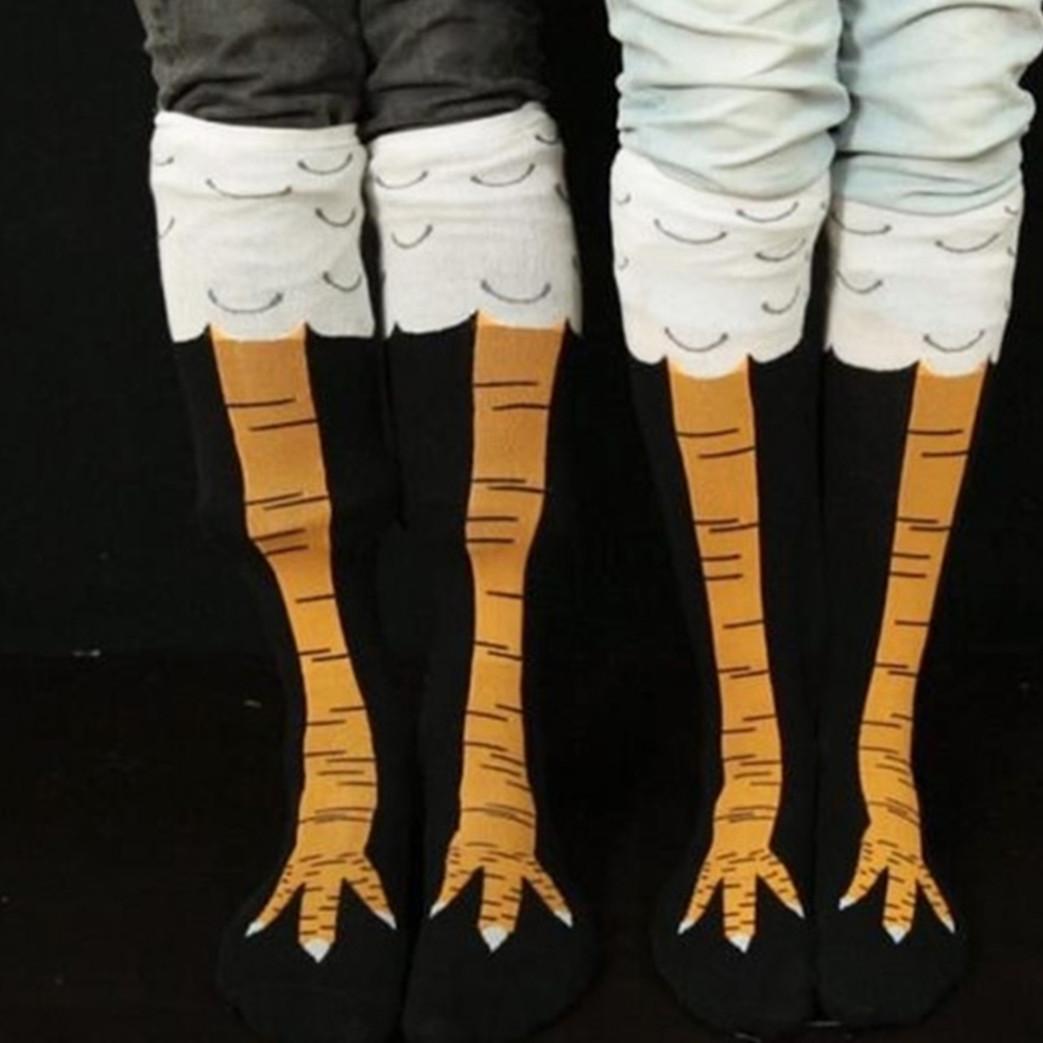 10 Foto kaus kaki ini bikin kaki serasa cakar ayam