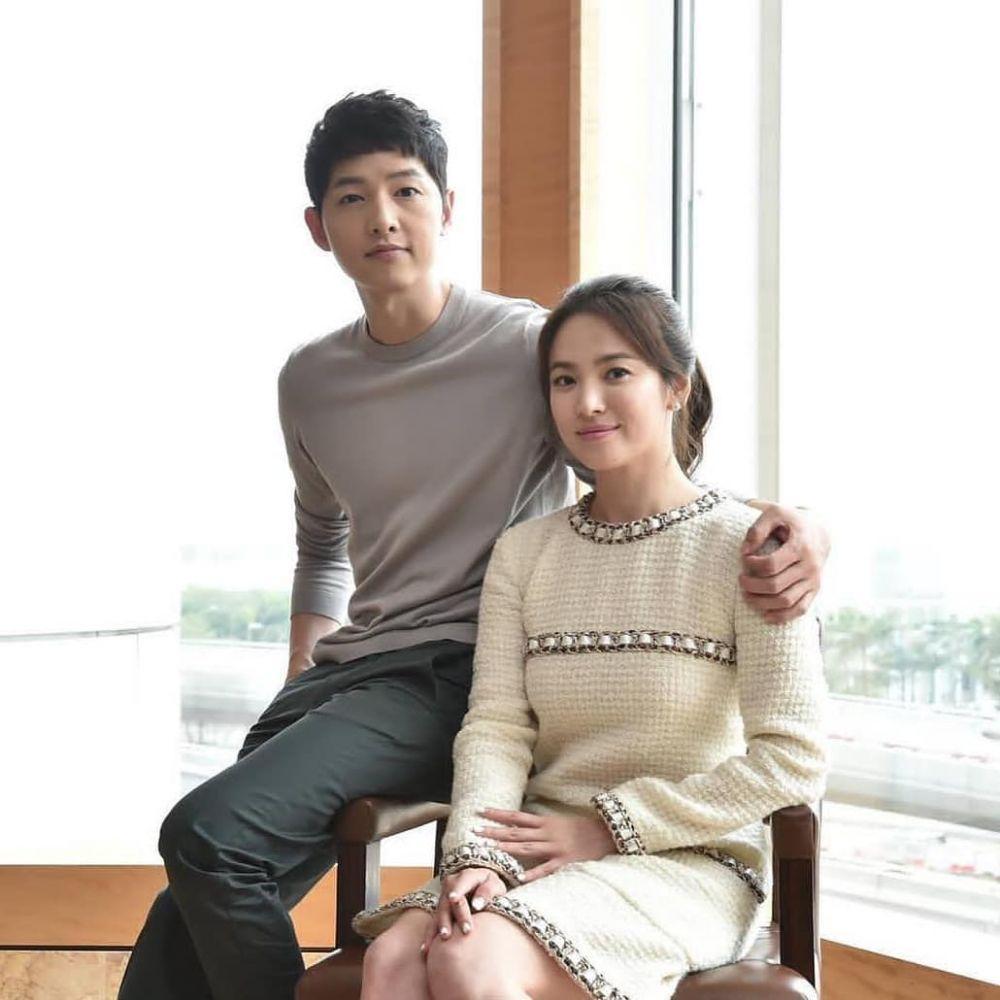 Potret cincin Song Hye-kyo yang rumorkan Song Song Couple rujuk Instagram