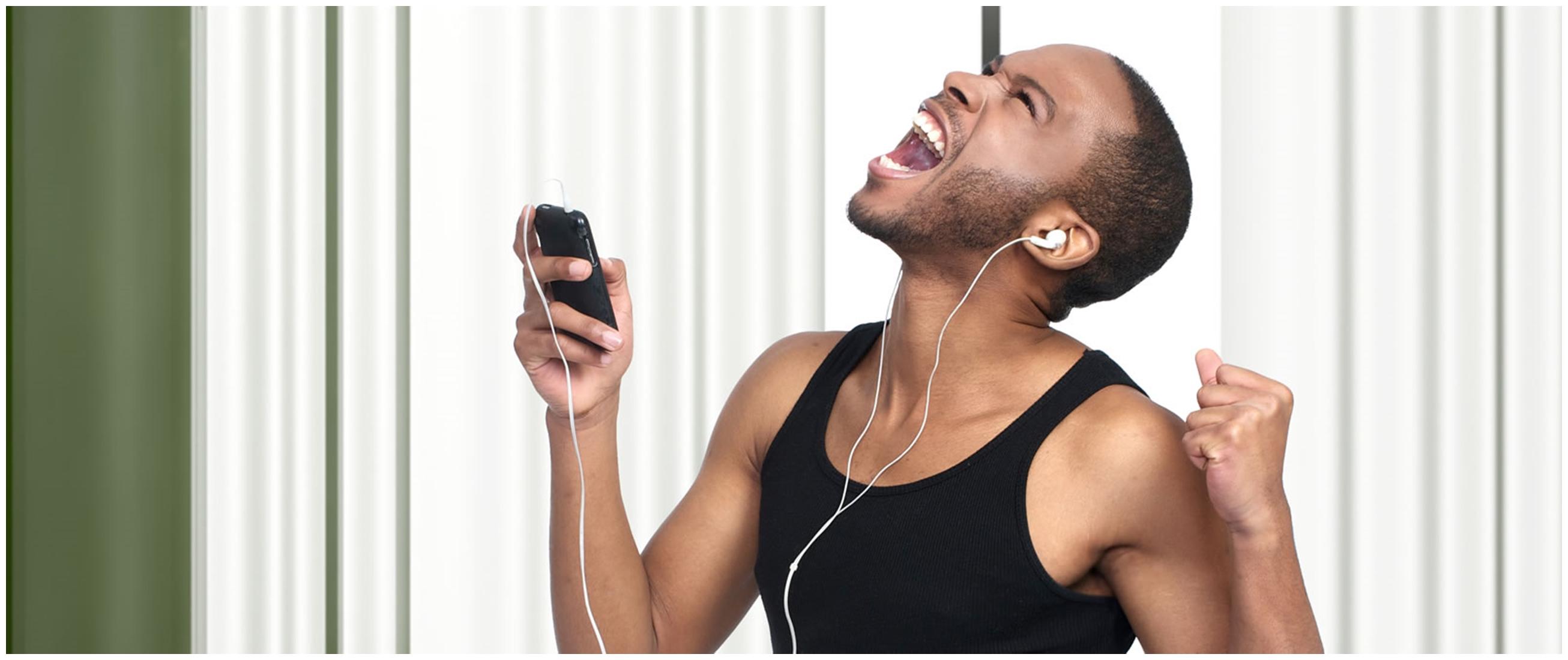 10 Aplikasi karaoke terbaik dan gratis di Android