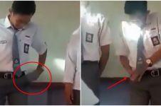 Detik-detik tangan siswa nyangkut saat presentasi ini kocak abis