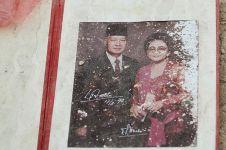 Tompi sedih lihat foto Soeharto & Ibu Tien terbuang di tempat sampah