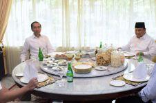 Tahun baru, ini 8 momen Jokowi dan Prabowo bertemu di Yogyakarta