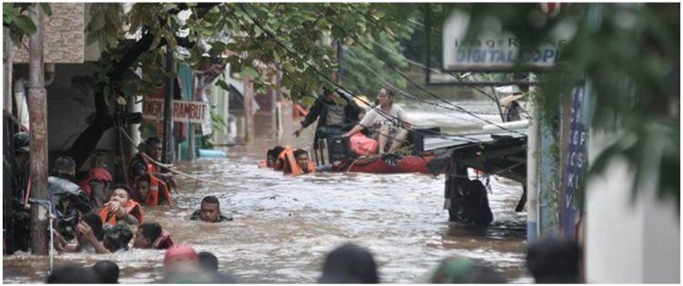 Banjir di Kabupaten Lebak: 427 KK mengungsi, 2 orang hilang