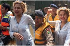 5 Potret Nikita Mirzani ke lokasi banjir, beri bantuan Rp 20 juta