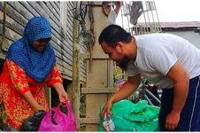 Jadi pemungut sampah, ibu ini sukses didik dan sekolahkan anaknya