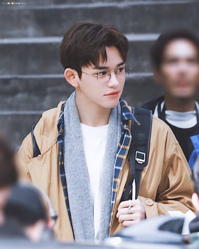1155677 23 seleb korea pria tertampan 2019 didominasi idol k pop
