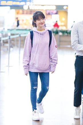 12 Inspirasi fashion idol K-Pop IU, simpel bisa buat ke kampus berbagai sumber