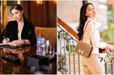 10 Gaya glamor Siwi Widi, pramugari yang punya koleksi tas mewah