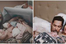 Family portrait 20 seleb usai melahirkan, penuh kebahagiaan
