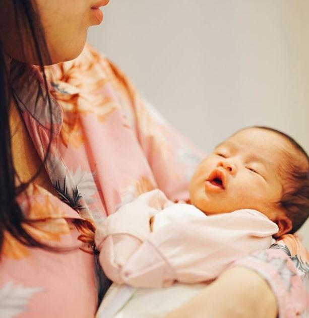 syahnaz dan jeje momong anak Instagram