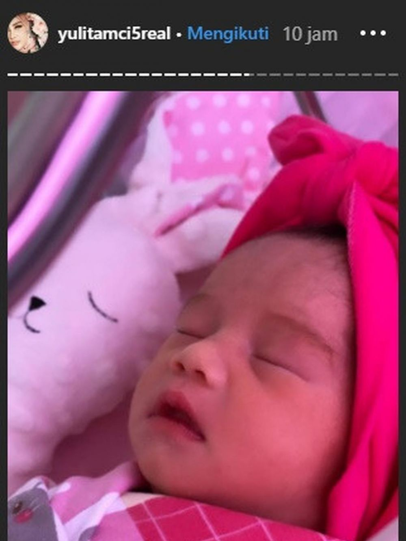 Anak ketiga Yulita potret  Instagram
