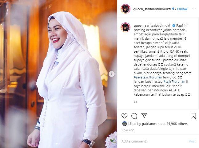 Sarita Abdul Mukti hidup dengan honor endorses Instagram/@queen_saritaabdulmukti
