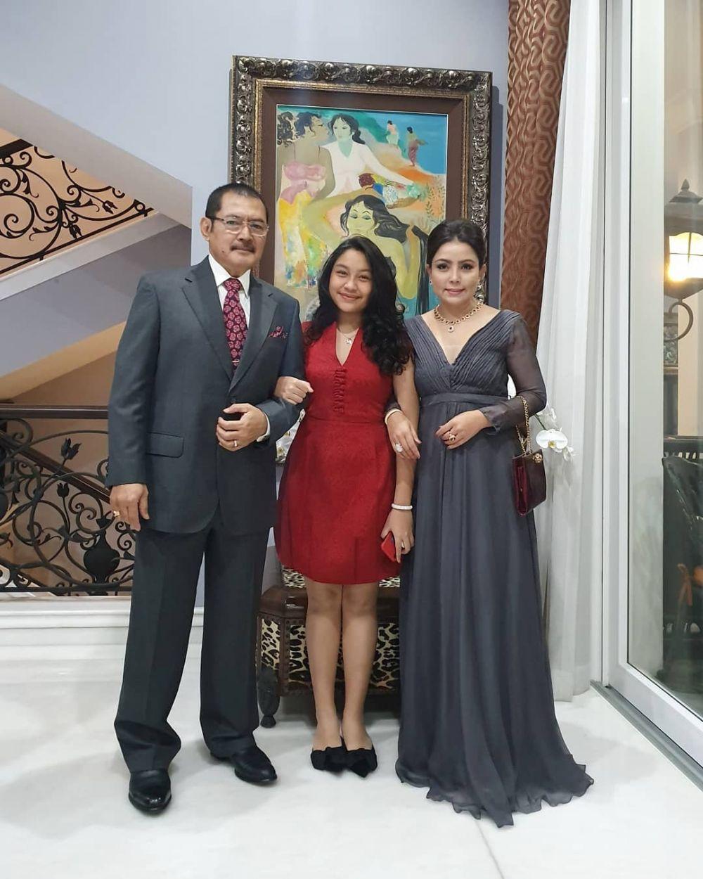 Mayangsari dan putrinya  Instagram