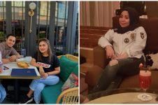 8 Potret Muzdalifah pakai jeans belel, gayanya curi perhatian