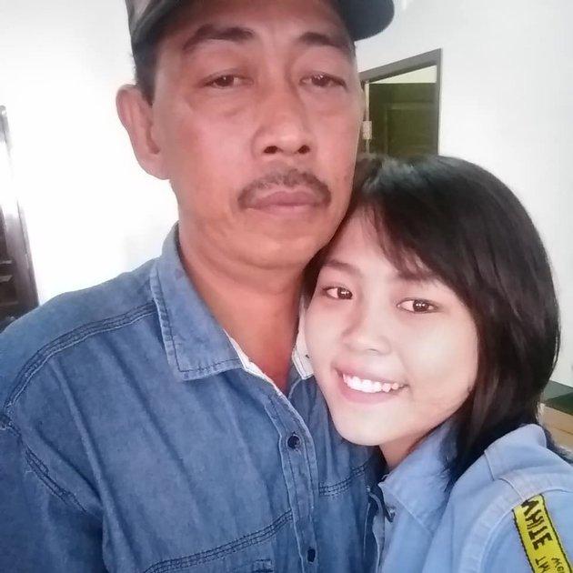 Selfi LIDA dan ayahnya  Instagram