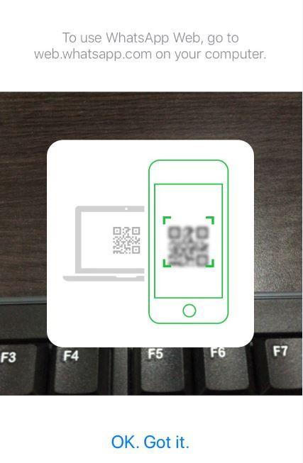 Cara mencadangkan foto dan pesan di WhatsApp Istimewa